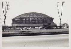Construction of the Louisiana Superdome began in It was finally finished behind schedule in August 7 months after Super Bowl IX . Louisiana History, Louisiana Homes, New Orleans Louisiana, Louisiana Gumbo, New Orleans Superdome, New Orleans History, New Orleans Saints Football, Crescent City, Down South