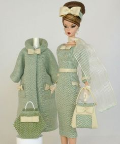Handmade Vintage Barbie/Silkstone Fashion by Roxy-Wool Herringbone Outfit - Expolore the best and the special ideas about Fashion dolls Barbie Girl, Barbie Style, Barbie Dress, Barbie And Ken, Barbie Outfits, Vintage Barbie Kleidung, Vintage Barbie Clothes, Vintage Dolls, Doll Clothes