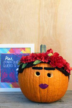 Make a Frida Kahlo inspired pumpkin this Halloween! | LiveColorful.com