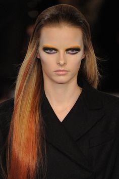 A close-up on the Prada hair and make-up at #mfw