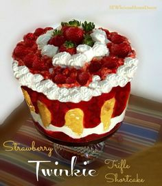 strawberry twinkie shortcake trifle: 1 Can Libbys Strawberry Pie Filling 2 Boxes Twinkies 1 Container Cool whip Strawberries Trifle Bowl Recipes, Trifle Dish, Trifle Recipe, Dessert Recipes, Chef Recipes, Tarts Recipe, Baking Recipes, Trifle Cake, Trifle Desserts