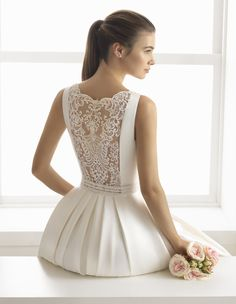 AIRE Barcelona Bridal – Wedding Dresses at The Dressing Rooms Halesowen AIRE Barcelona Bridal – Vestidos de novia en The Dressing Rooms Halesowen Nordstrom Wedding Dresses, Nordstrom Dresses, Vestidos Plus Size, Classic Wedding Dress, Bridal Wedding Dresses, Beautiful Dresses, Marie, Ball Gowns, Fashion Dresses