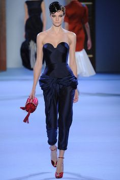 Ulyana Sergeenko - Haute Couture Spring Summer 2014 - Shows - Vogue. Haute Couture Paris, Couture Mode, Spring Couture, Style Couture, Couture Week, Couture Fashion, Runway Fashion, Paris Fashion, Fashion Week