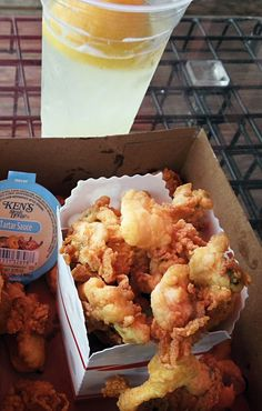 Wondering where to find the best fried clams in Maine? Here are 10 spots that are sure to satisfy your fried clam cravings, from Kittery to Downeast. Maine New England, New England Travel, Clam Recipes, Seafood Recipes, Asian Recipes, Maine Road Trip, Road Trips, Fried Clams, Fish And Seafood
