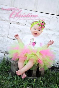 Girls first birthday Ladybug tutu set in lime green and hot pink- matching legwarmers and party hat also available