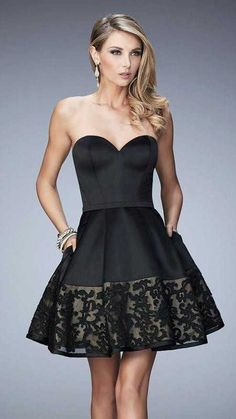 La Femme Fancy Sweetheart Embellished Black Cocktail Dress 22330