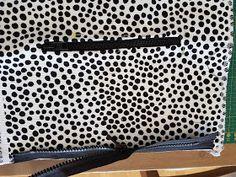 MUMINTALO: TILAIHME, pikkulaukku Crossbody Bag, Tote Bag, Sewing Tutorials, Diy And Crafts, Pattern, Bags, Cross Body, Projects, Fabric Purses