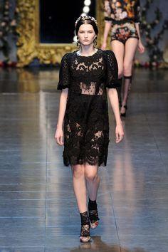 Dolce & Gabbana at Milan Fashion Week Fall 2012 - Runway Photos