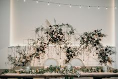Floral head table backdrop of your dreams? Ours too✨ Lets make it happen!