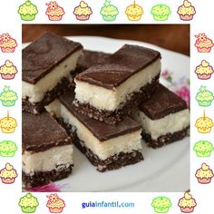Coconut and chocolate bars. Gluten free dessert for children - How to make bars stuffed with nuts, coconut and chocolate. It is an ideal recipe for children since - Healthy Desserts, Raw Food Recipes, Sweet Recipes, Cookie Recipes, Dessert Recipes, Gluten Free Desserts, Gluten Free Recipes, Creative Food, Love Food