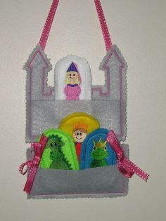 Castle with coordinating puppets from kidnaroundcreations on Etsy