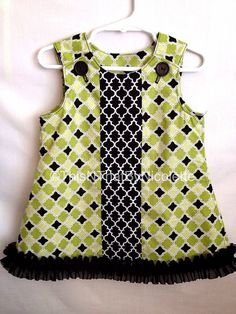 Elegant green and black dress by ThisNThatByNicolette on Etsy,