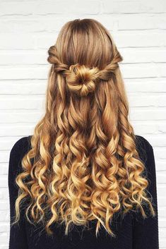 Half Up Half Down Hairstyles for Prom Trend Bob Hairstyles 2019 - . - Half Up Half Down Hairstyles for Prom Trendy Bob Hairstyles 2019 – - Prom Hairstyles For Short Hair, Box Braids Hairstyles, Long Curly Hair, Elegant Hairstyles, Vintage Hairstyles, Curly Hair Styles, Wedding Hairstyles, Funky Hairstyles, Hairstyles For Pictures