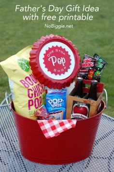"""Father's Day gift ideas + free printables """"One Stop Pop Shop"""" Fathers Day Crafts, Happy Fathers Day, Gifts For Dad, Fathers Day Ideas, Diy Father's Day Gift Baskets, Fathers Gifts, Grandparent Gifts, Family Gifts, Tutorials"""
