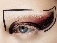 Graphic future makeup