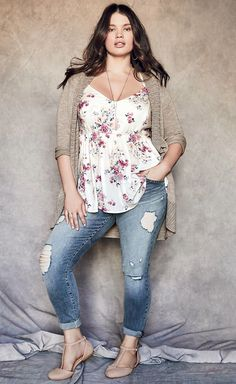 Plus Size Herbst Outfit Idee – Plus Size Mode für Frauen - Outfits Look Plus Size, Plus Size Tops, Plus Size Style, Plus Size Chic, Plus Size Shirts, Plus Size Summer Tops, Women's Plus Size Jeans, Curvy Plus Size, Plus Size Blouses