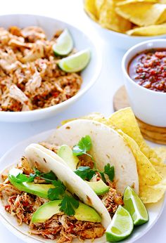 16. Slow-Cooker Chicken Salsa #recipes #healthy http://greatist.com/eat/3-ingredient-healthy-recipes
