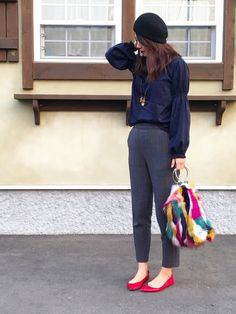 Zaraのフェイクファー巾着型バックがお気に入りです。