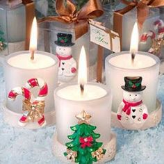 Planning a holiday themed special event? These festive candles from our Holiday Party Favors Collection are a seasonal sensation The room will be overflowing with holiday spirit when your guests arrive. Christmas Candle Decorations, Christmas Party Themes, Christmas Candles, Red Christmas, Christmas Crafts, Diy Candles, Pillar Candles, Decorative Candles, Candle Favors