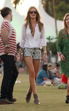 Rosie Huntington Whiteley @Coachella Fella