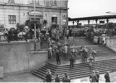 Żołnierze niemieccy na dworcu w Łodzi.