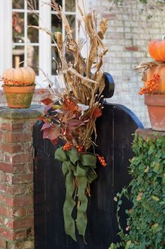 Thanksgiving Decorations, Seasonal Decor, Christmas Decorations, Holiday Decor, Fall Home Decor, Autumn Home, Victoria Magazine, Fall Containers, New England Fall