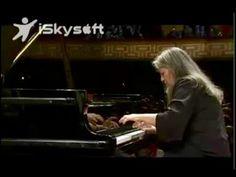 Martha Argerich - Ravel Piano Concerto in G major (2009) - YouTube