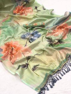 Designer Sarees Collection, Designer Sarees Online, Saree Collection, Floral Print Sarees, Printed Sarees, Navratri Dress, Silk Saree Blouse Designs, Blouse Patterns, Chiffon Fabric