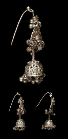 India - Rajasthan, Jaisalmer | Pair of earrings ~ jhuttara ~ silver. Worn on the upper rim of the ear. | ca. prior to 1974 // ©Quai Branly Museum. 71.1974.93.173.1-2