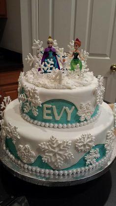 My friend's amazing Frozen birthday cake!