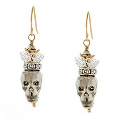 I'm in LOVE with our DIY Skull Queen earring design! A matching necklace to go with it would be really cute too.