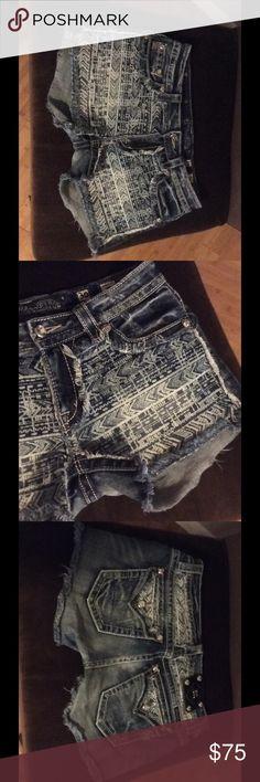 Miss me shorts Miss me shorts size 30 OBO Miss Me Shorts