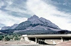Historical photos of motorways and roads in your country - Page 32 - SkyscraperCity Cape Town South Africa, Most Beautiful Cities, Places Of Interest, Old Buildings, Pictures Of You, Historical Photos, Old Photos, History, Country