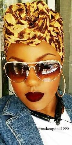 Cool Avatars, headdress, lipstick & a beautiful, overall look. Natural Hair Care, Natural Hair Styles, Pelo Afro, African Head Wraps, Bad Hair Day, Scarf Hairstyles, Brazilian Hair, Mode Style, Headdress