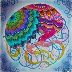 Águas vivas do Paraíso Tropical Jellyfishes from Tropical Wonderland #milliemarotta #tropicalwonderland #paraisotropical…