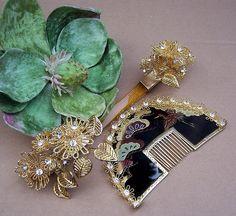 Vintage Japanese kanzashi, hair comb hairpin set -- geisha hair accessories