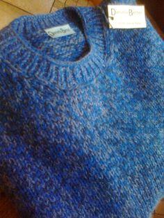 Maglia uomo realizzata completamente a mano  100% lana.  Per info. bertel.daniela@gmail.com https://m.facebook.com/danielabertelhm/