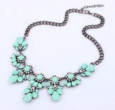 Fashion Bib Choker Necklace