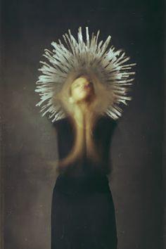 Atrapados por la imagen: Josephine Cardin fotografía en movimiento.