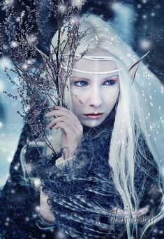 2018 Winter Schnee Fee Make Up Looks, Ideen & Trends 2018 Foto Fantasy, Fantasy World, Fantasy Art, Fantasy Makeup, Fantasy Images, Snow Queen, Ice Queen, Magical Creatures, Fantasy Creatures