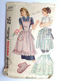 Vintage Pattern Simplicity 2295 Apron 1948 by momandpopcultureshop, $29.99