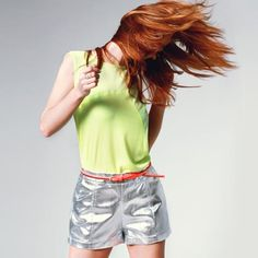 neon *love hair with outfit. cute!*