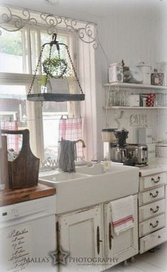 Shabby Chic Kitchen with Farmhouse Sink. #shabbychickitchencurtains