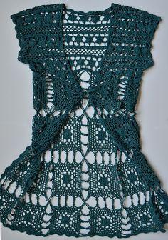 Outstanding Crochet: Free notes and charts for crochet long vest.  ---- eine tolle Weste zu häkeln - mit Grafiken