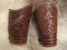Spike's Meanea Cuffs1000.jpg (576×432)