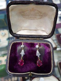 Edwardian Earrings Edwardian Jewelry, Antique Jewelry, Vintage Jewelry, Book Jewelry, High Jewelry, Jewellery, Michael Kors Jet Set, Diamond Cuts, Edouard Vuillard