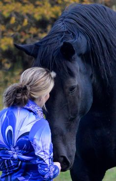 Friends  (Helen Peppe Photography, Maine) - [Thanks  to fellow pinner Mary Horn, who previously pinned this to my Equine board.]