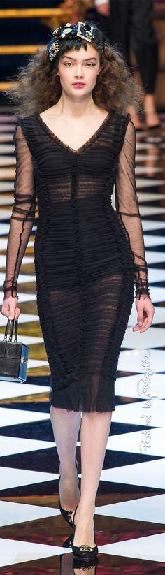 Regilla ⚜ Dolce & Gabbana, Fall 2016