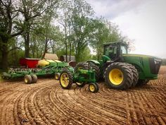 A lot has changed since this 1935 B John Deere was built Big Tractors, John Deere Tractors, John Deere Equipment, Heavy Equipment, Wind Charger, Agriculture, Farming, Vintage Farm, Farm Life