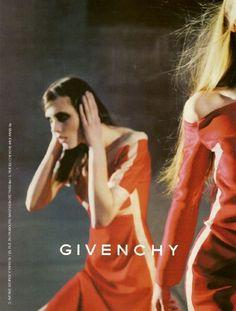 voguelovesme: Givenchy a/w 99